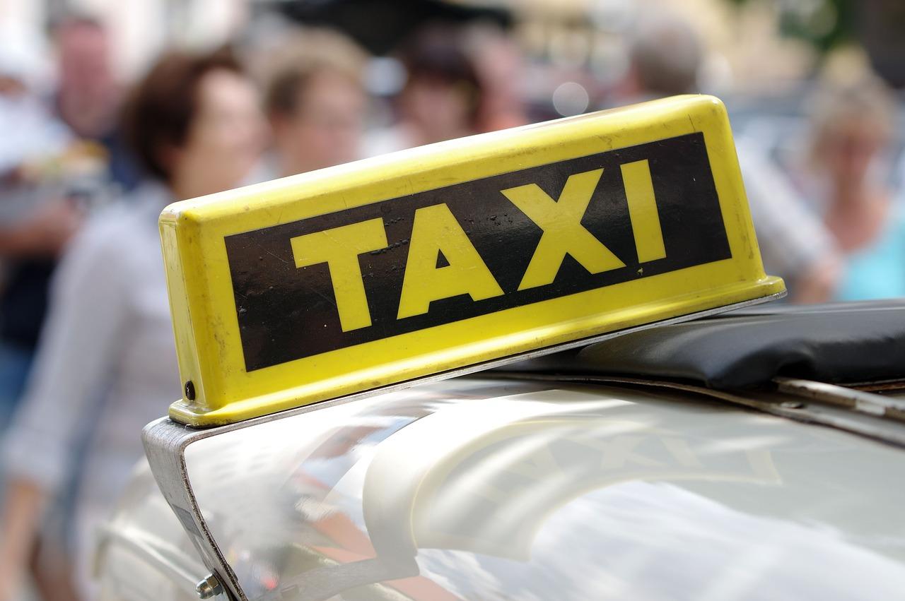 compañías de seguros que aseguran taxis